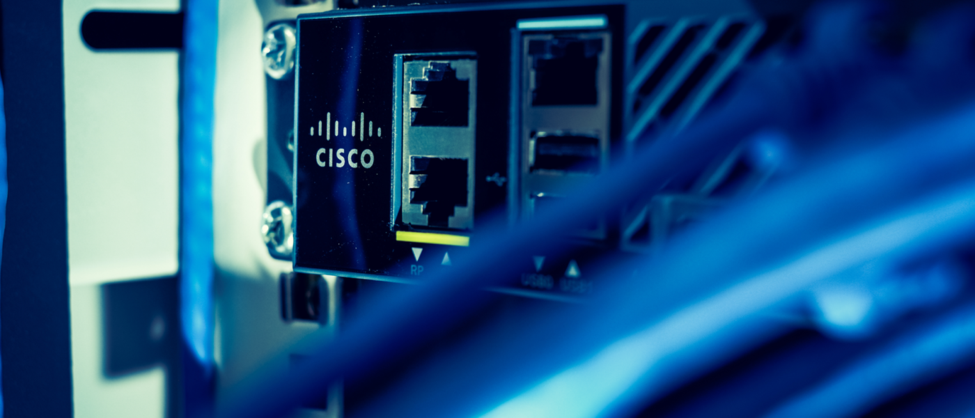 how to configure syslog on a cisco device